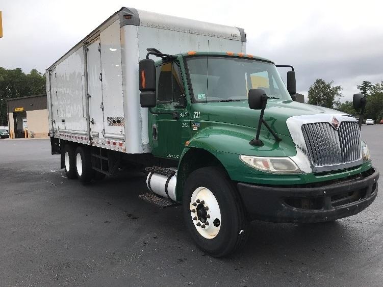 Medium Duty Box Truck-Light and Medium Duty Trucks-International-2013-4400-NORTON-MA-131,499 miles-$35,750