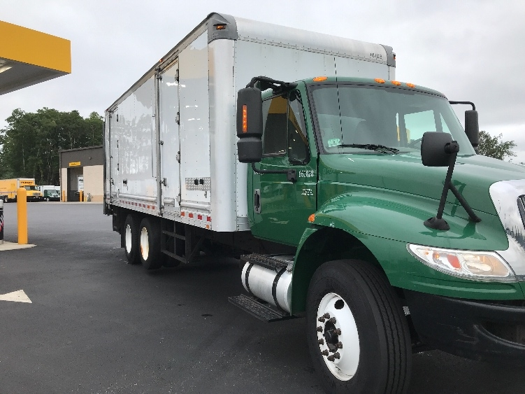 Medium Duty Box Truck-Light and Medium Duty Trucks-International-2013-4400-NORTON-MA-113,973 miles-$28,750