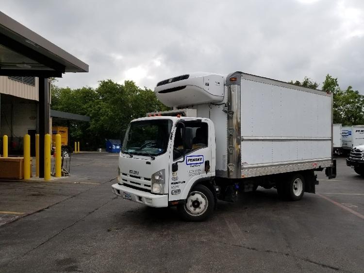 Reefer Truck-Light and Medium Duty Trucks-Isuzu-2013-NQR-AUSTIN-TX-134,055 miles-$36,500