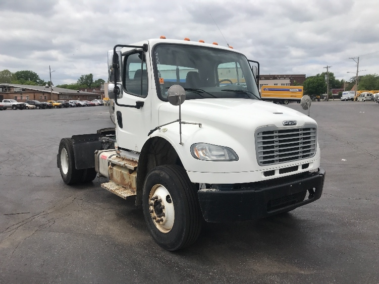 Day Cab Tractor-Heavy Duty Tractors-Freightliner-2013-M2-SAINT LOUIS-MO-153,121 miles-$37,500