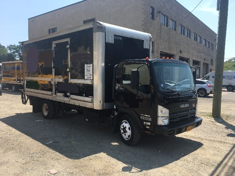 Medium Duty Box Truck-Light and Medium Duty Trucks-Isuzu-2013-NRR-ELMSFORD-NY-141,733 miles-$29,750