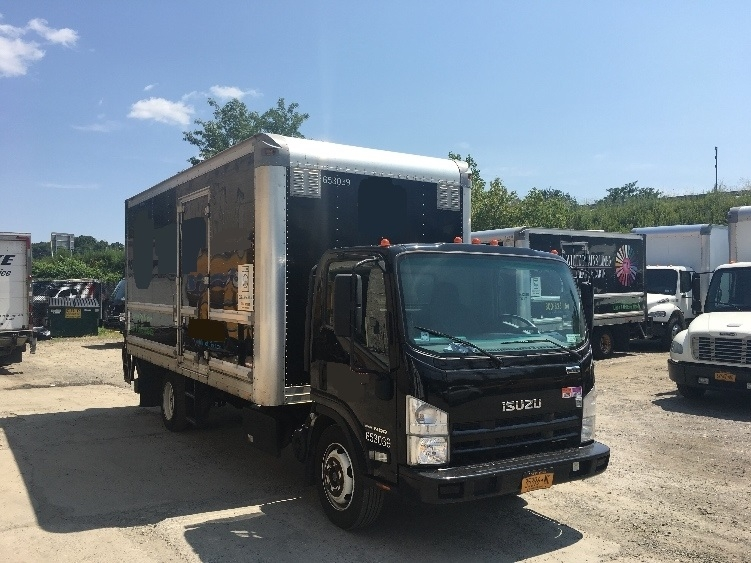 Medium Duty Box Truck-Light and Medium Duty Trucks-Isuzu-2013-NRR-ELMSFORD-NY-136,268 miles-$30,250