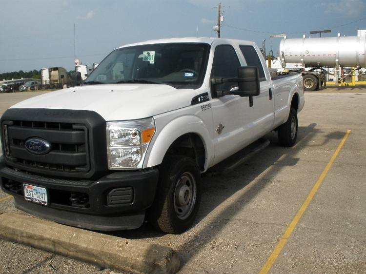 Pickup Truck-Light and Medium Duty Trucks-Ford-2012-F350-LONGVIEW-TX-143,973 miles-$9,000