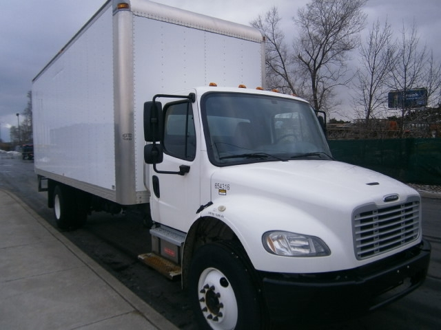 Medium Duty Box Truck-Light and Medium Duty Trucks-Freightliner-2013-M2-TORONTO-ON-154,809 km-$54,750