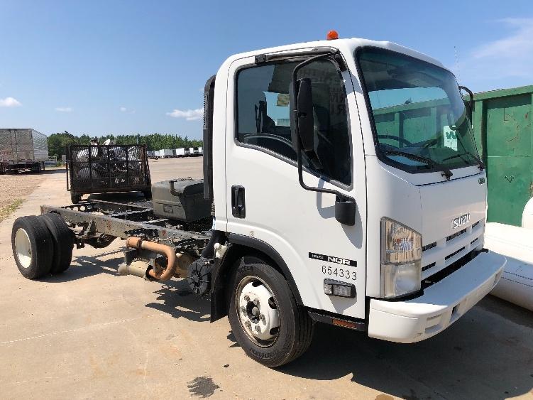 Medium Duty Box Truck-Light and Medium Duty Trucks-Isuzu-2013-NQR-PELAHATCHIE-MS-81,052 miles-$8,000