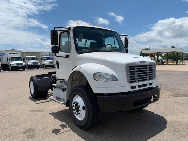 Day Cab Tractor-Heavy Duty Tractors-Freightliner-2013-M2-RICHLAND-MS-156,640 miles-$36,250