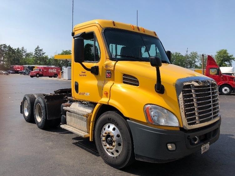 Day Cab Tractor-Heavy Duty Tractors-Freightliner-2013-Cascadia 11364ST-BUFFALO-NY-417,497 miles-$29,750
