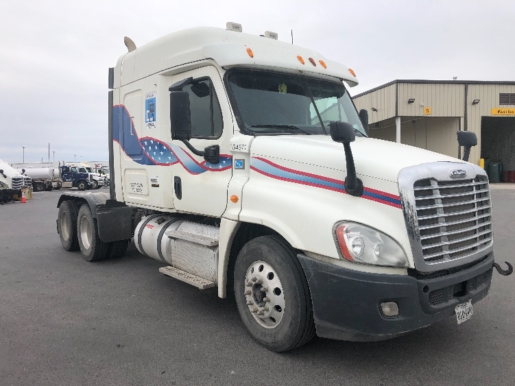 Sleeper Tractor-Heavy Duty Tractors-Freightliner-2013-Cascadia 12564ST-ODESSA-TX-272,101 miles-$46,750