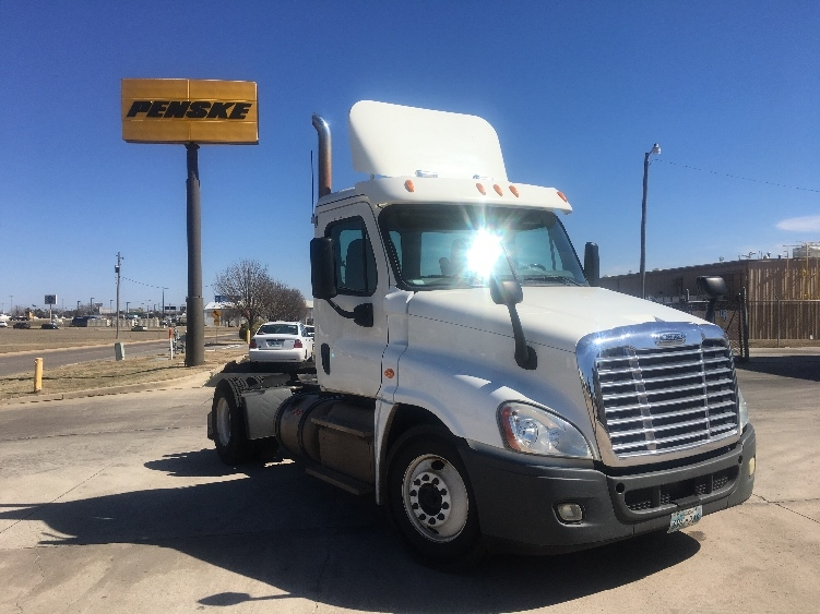 Day Cab Tractor-Heavy Duty Tractors-Freightliner-2013-Cascadia 12542ST-OKLAHOMA CITY-OK-186,096 miles-$46,000