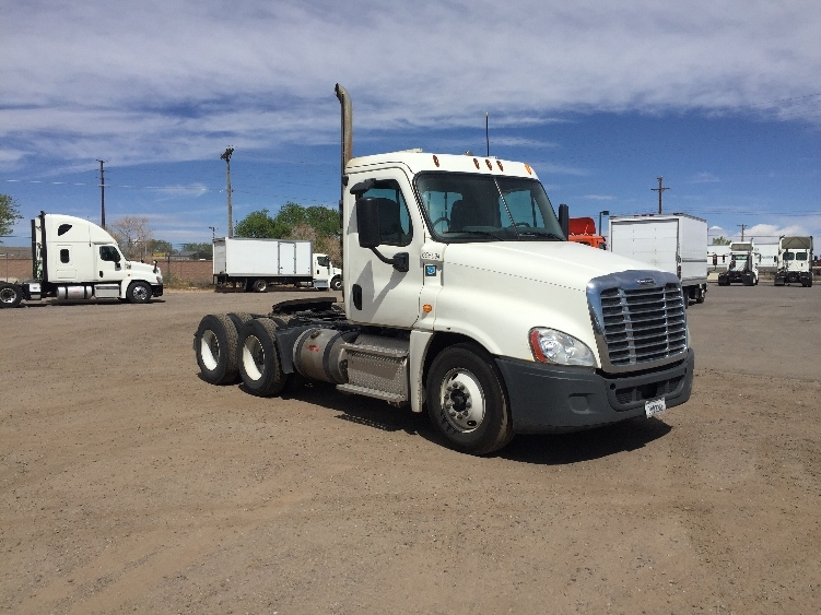 Day Cab Tractor-Heavy Duty Tractors-Freightliner-2013-Cascadia 12564ST-ALBUQUERQUE-NM-528,146 miles-$32,250