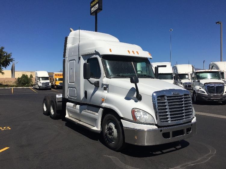 Sleeper Tractor-Heavy Duty Tractors-Freightliner-2013-Cascadia 12564ST-WEST VALLEY CITY-UT-856,291 miles-$34,500