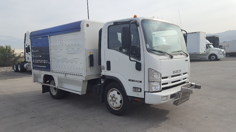 Medium Duty Box Truck-Light and Medium Duty Trucks-Isuzu-2012-NRR-TORRANCE-CA-125,324 miles-$30,500