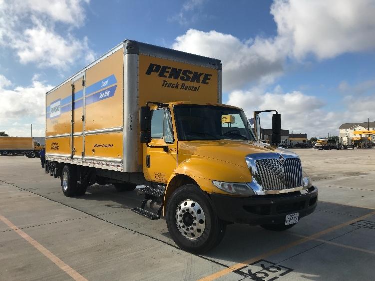 Medium Duty Box Truck-Light and Medium Duty Trucks-International-2013-4300-ERLANGER-KY-143,809 miles-$38,500