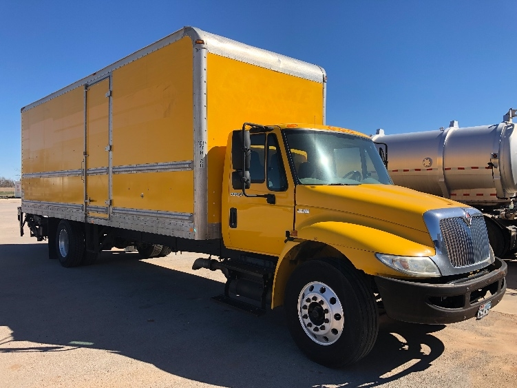 Medium Duty Box Truck-Light and Medium Duty Trucks-International-2013-4300-ABILENE-TX-156,988 miles-$8,000