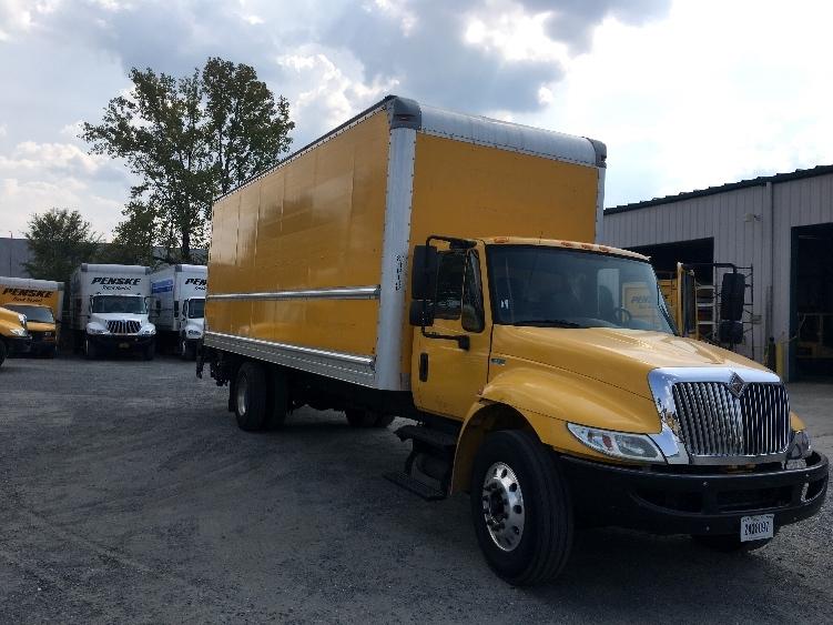 Medium Duty Box Truck-Light and Medium Duty Trucks-International-2013-4300-MEMPHIS-TN-157,896 miles-$31,500
