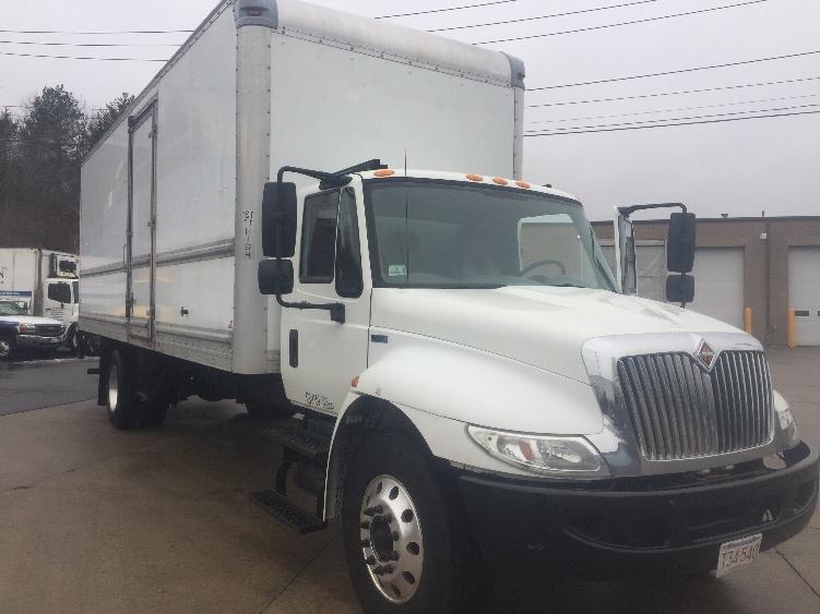 Medium Duty Box Truck-Light and Medium Duty Trucks-International-2013-4300-FRAMINGHAM-MA-136,000 miles-$29,500