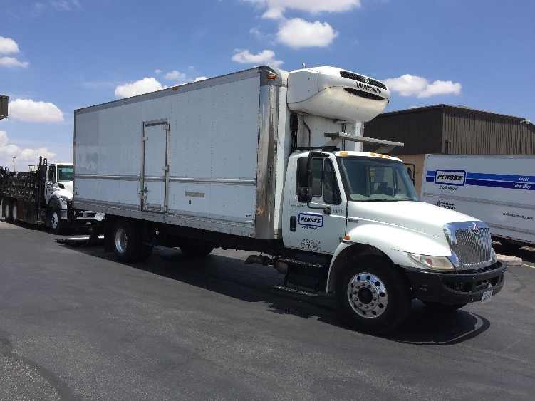Reefer Truck-Light and Medium Duty Trucks-International-2013-4300-EL PASO-TX-144,538 miles-$36,500