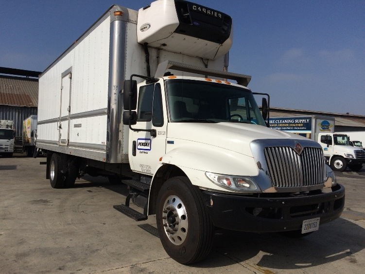 Reefer Truck-Specialized Equipment-International-2013-4300-LOS ANGELES-CA-116,187 miles-$55,750