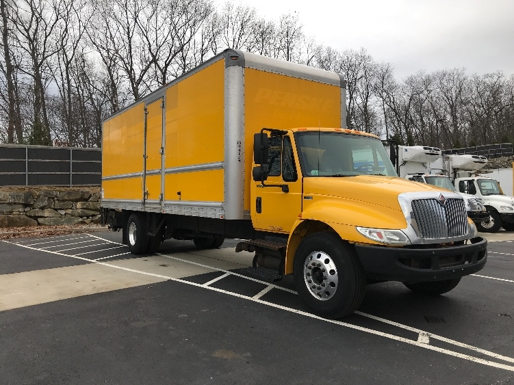Medium Duty Box Truck-Light and Medium Duty Trucks-International-2013-4300-CRANSTON-RI-158,170 miles-$20,500