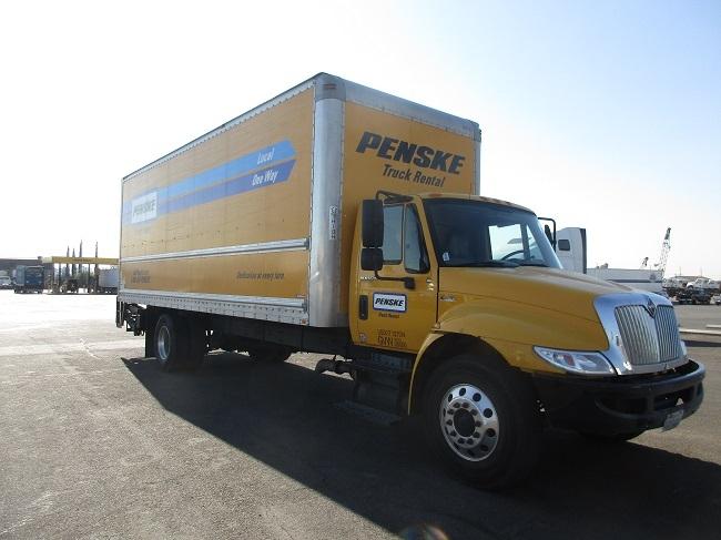 Medium Duty Box Truck-Light and Medium Duty Trucks-International-2013-4300-PHOENIX-AZ-154,561 miles-$34,750