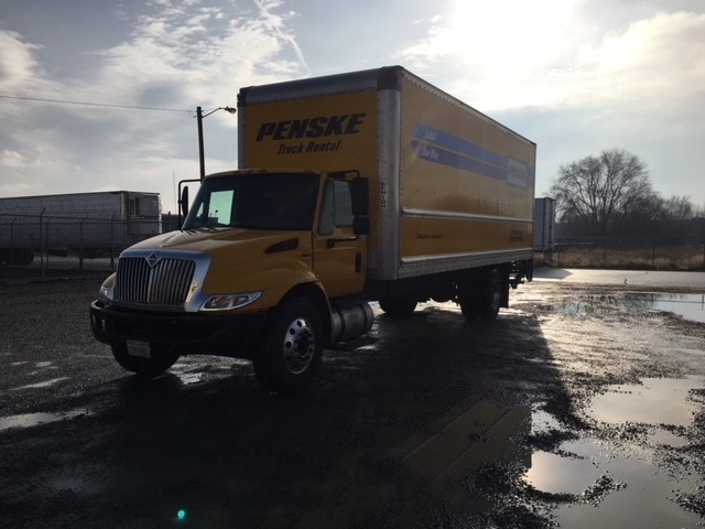 Medium Duty Box Truck-Light and Medium Duty Trucks-International-2013-4300-BOISE-ID-140,993 miles-$24,500