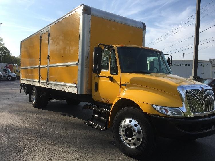 Medium Duty Box Truck-Light and Medium Duty Trucks-International-2013-4300-KNOXVILLE-TN-138,267 miles-$25,750