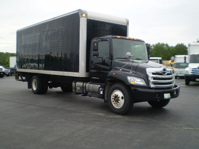 Medium Duty Box Truck-Light and Medium Duty Trucks-Hino-2013-268-LONDONDERRY-NH-304,857 miles-$28,500