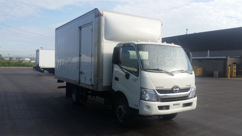 Medium Duty Box Truck-Light and Medium Duty Trucks-Hino-2013-195-STE-FOY-PQ-381,563 km-$21,250
