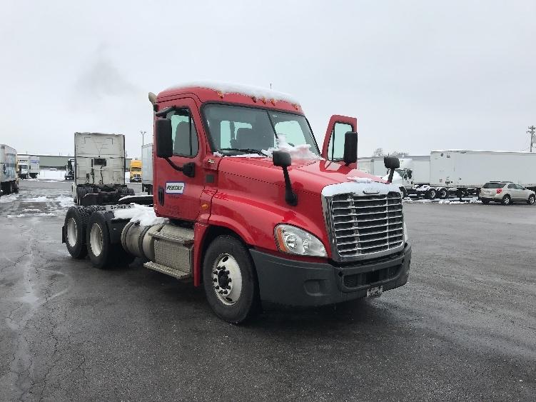 Day Cab Tractor-Heavy Duty Tractors-Freightliner-2013-Cascadia 12564ST-CINCINNATI-OH-339,419 miles-$42,000