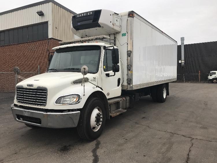 Reefer Truck-Light and Medium Duty Trucks-Freightliner-2013-M2-CONCORD-ON-305,526 km-$40,000