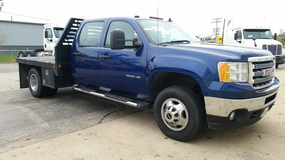 Flatbed Truck-Light and Medium Duty Trucks-GMC-2013-C31403-ROCKFORD-IL-146,330 miles-$35,750