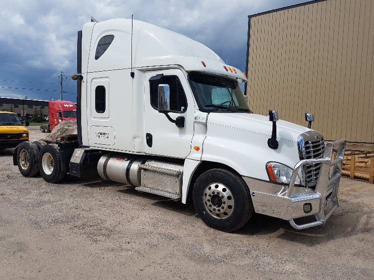 Sleeper Tractor-Heavy Duty Tractors-Freightliner-2013-Cascadia 12564ST-CALGARY-AB-800,953 km-$51,250
