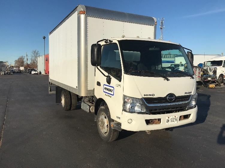 Medium Duty Box Truck-Light and Medium Duty Trucks-Hino-2013-195-TORONTO-ON-153,911 km-$33,500
