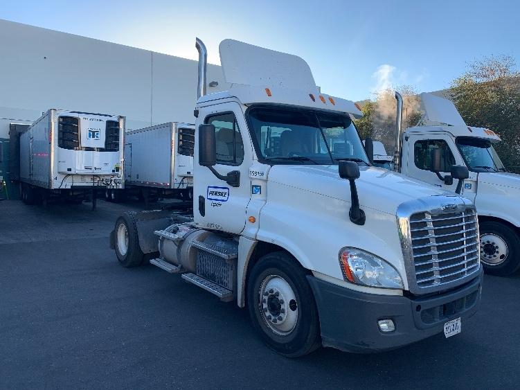 Day Cab Tractor-Heavy Duty Tractors-Freightliner-2013-Cascadia 12542ST-PHOENIX-AZ-375,218 miles-$39,750