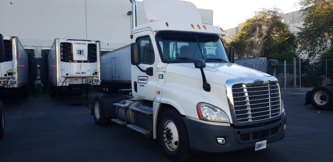 Day Cab Tractor-Heavy Duty Tractors-Freightliner-2013-Cascadia 12542ST-PHOENIX-AZ-225,748 miles-$49,500