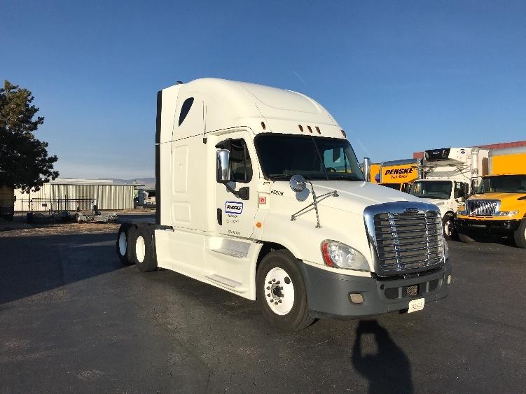 Sleeper Tractor-Heavy Duty Tractors-Freightliner-2013-Cascadia 12564ST-BOISE-ID-617,365 miles-$42,750