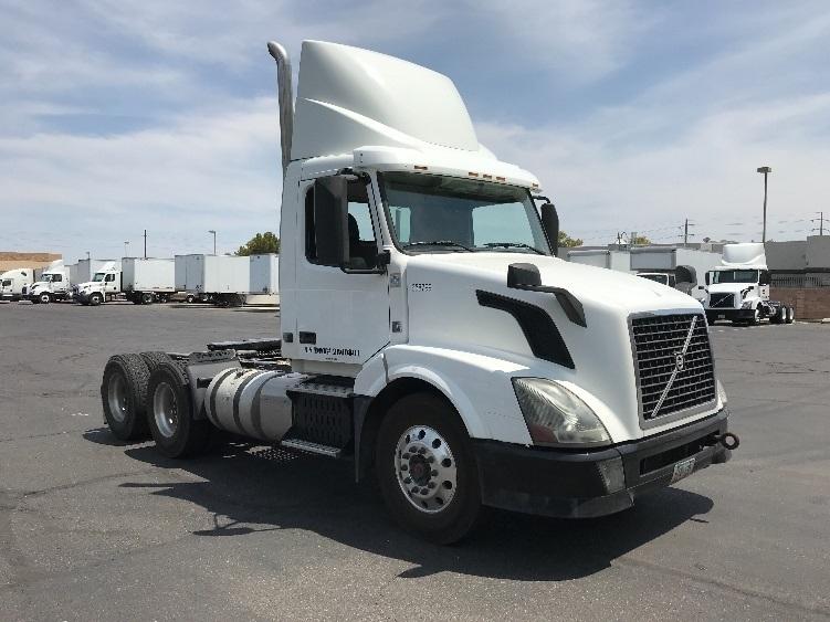 Day Cab Tractor-Heavy Duty Tractors-Volvo-2013-VNL64T300-PHOENIX-AZ-285,182 miles-$49,250