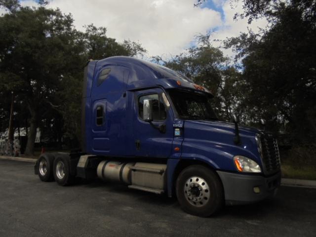 Sleeper Tractor-Heavy Duty Tractors-Freightliner-2013-Cascadia 12564ST-JACKSONVILLE-FL-550,924 miles-$33,000