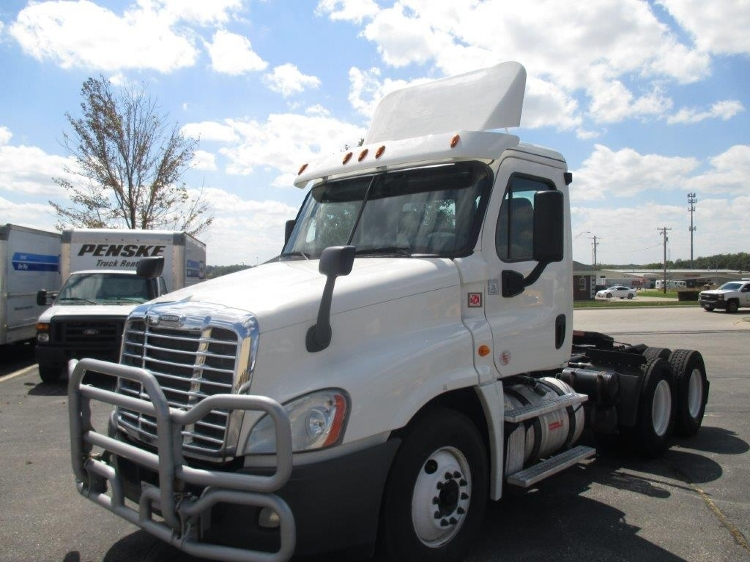 Day Cab Tractor-Heavy Duty Tractors-Freightliner-2013-Cascadia 12564ST-OMAHA-NE-478,540 miles-$34,750