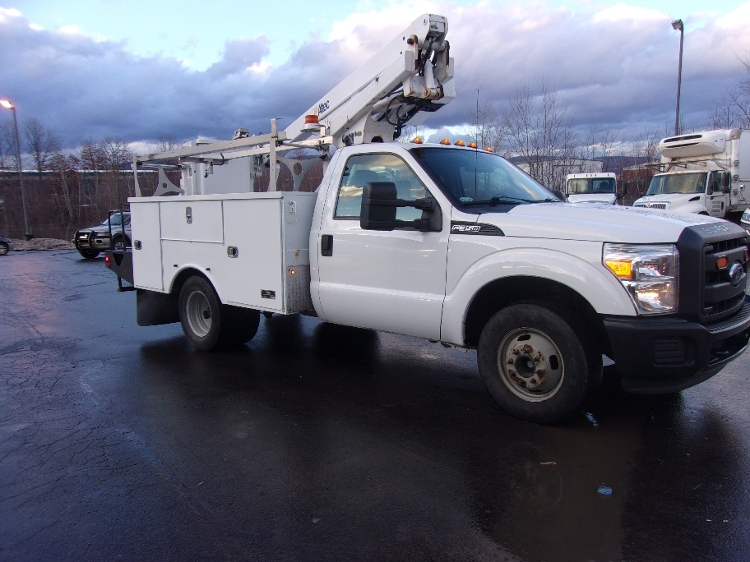 Bucket Truck-Specialized Equipment-Ford-2012-F350-JESSUP-PA-111,840 miles-$41,000