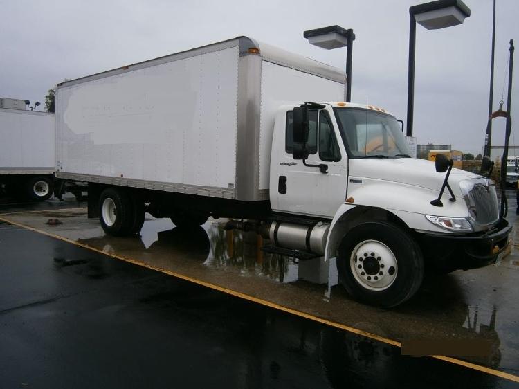Medium Duty Box Truck-Light and Medium Duty Trucks-International-2013-4300M7-SCARBOROUGH-ON-204,258 km-$11,000
