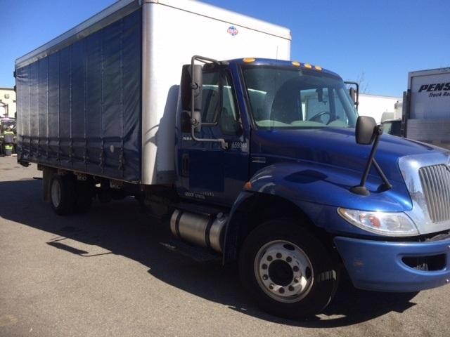 Medium Duty Box Truck-Light and Medium Duty Trucks-International-2013-4300LP-EVERETT-WA-132,877 miles-$26,500