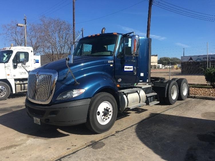 Day Cab Tractor-Heavy Duty Tractors-International-2013-ProStar-TUKWILA-WA-388,821 miles-$28,500