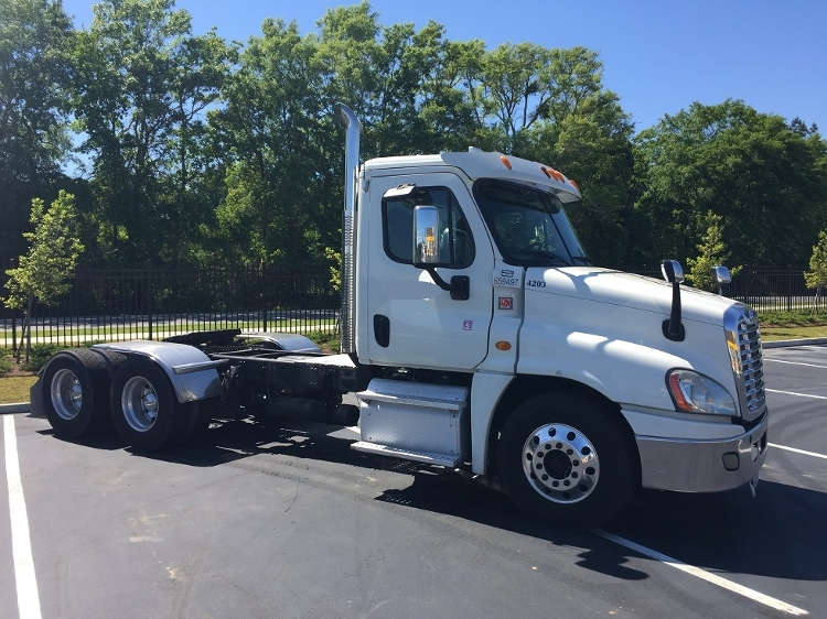 Day Cab Tractor-Heavy Duty Tractors-Freightliner-2013-Cascadia 12564ST-MOBILE-AL-432,890 miles-$31,750