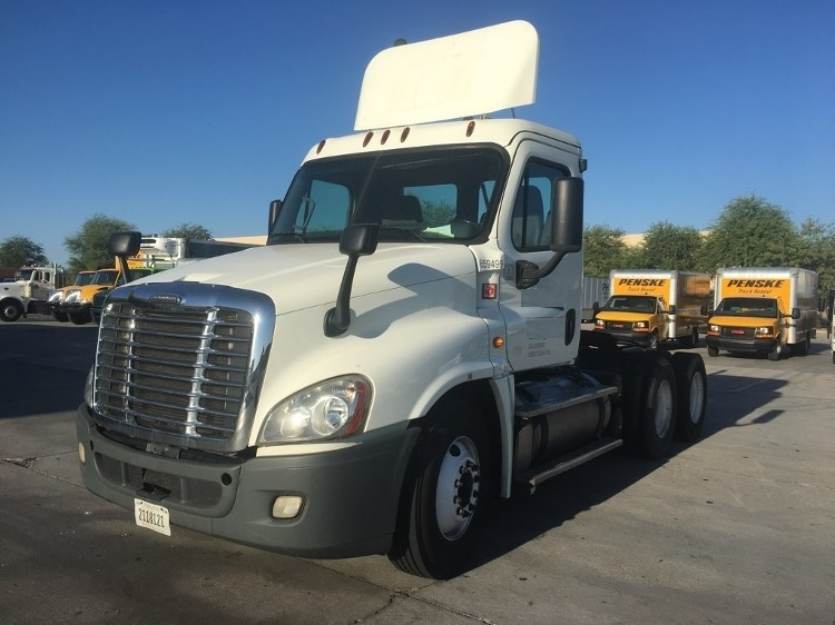 Day Cab Tractor-Heavy Duty Tractors-Freightliner-2013-Cascadia 12564ST-PHOENIX-AZ-412,190 miles-$48,000
