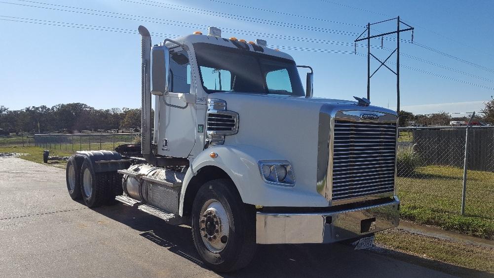 Day Cab Tractor-Heavy Duty Tractors-Freightliner-2013-CORONADO-BRYAN-TX-306,861 miles-$56,250