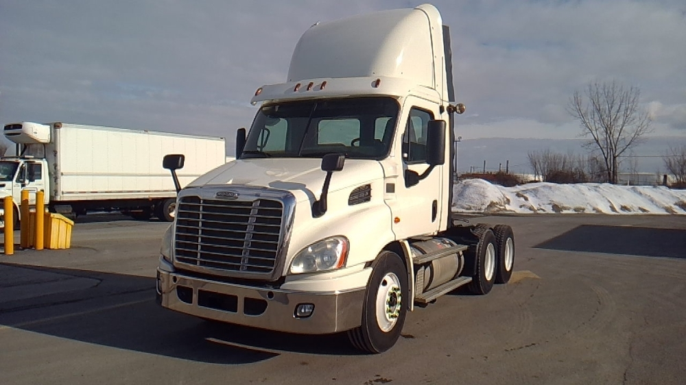 Day Cab Tractor-Heavy Duty Tractors-Freightliner-2013-Cascadia 11364ST-MONTREAL-PQ-645,852 km-$53,750