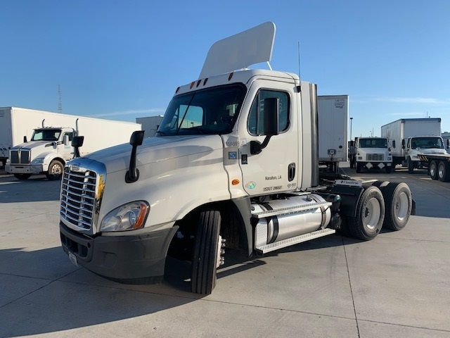 Day Cab Tractor-Heavy Duty Tractors-Freightliner-2013-Cascadia 12564ST-HAMMOND-LA-419,744 miles-$40,250