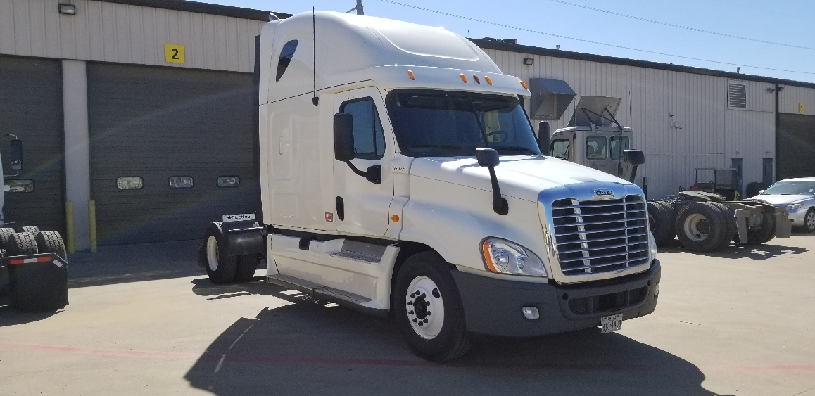 Sleeper Tractor-Heavy Duty Tractors-Freightliner-2013-Cascadia 12542ST-DALLAS-TX-345,313 miles-$47,000