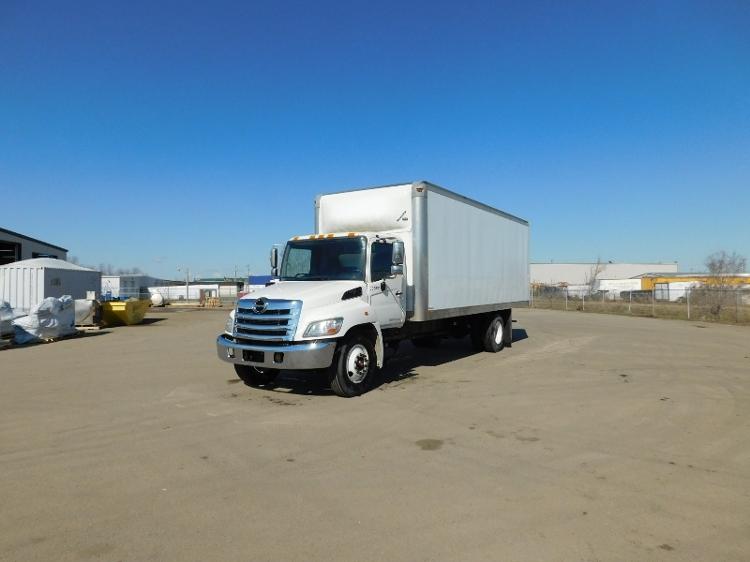 Medium Duty Box Truck-Light and Medium Duty Trucks-Hino-2013-268-SASKATOON-SK-211,610 km-$55,500